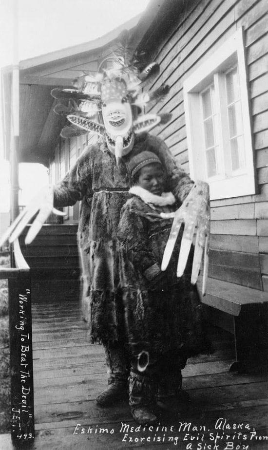 شامان من ألاسكا